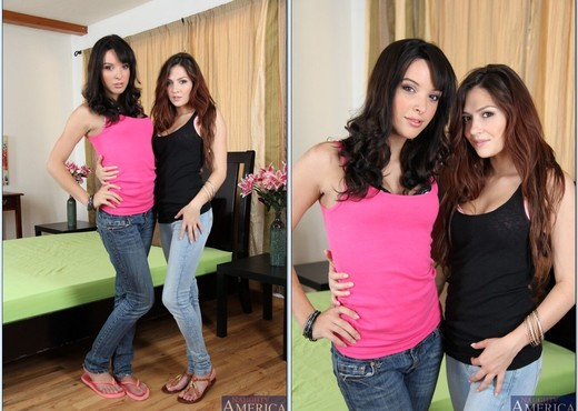 Cassie Laine, Jaslene Jade - Neighbor Affair - Hardcore Sexy Gallery