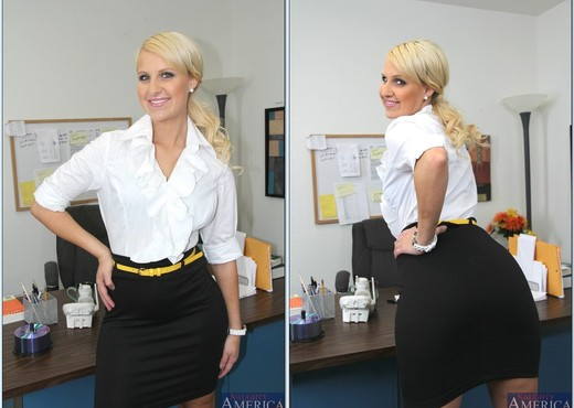 Destiny Jaymes - Naughty Office - Hardcore Image Gallery