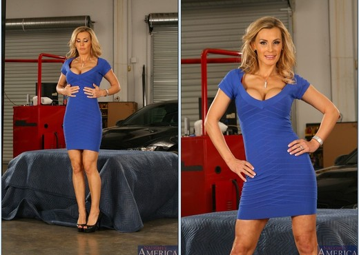 Tanya Tate - My Friend's Hot Mom - MILF Sexy Photo Gallery