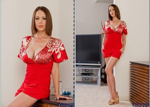 Mckenzie Lee - My Friend's Hot Mom - MILF Nude Pics