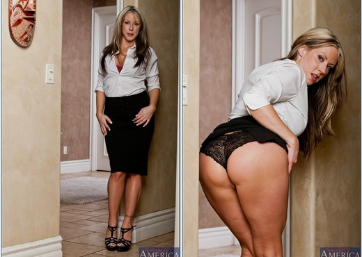 Carolyn Reese - My First Sex Teacher - MILF HD Gallery
