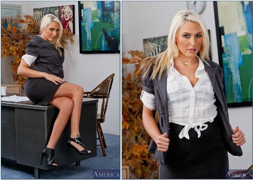 Katie Summers - Naughty Office - Hardcore Image Gallery