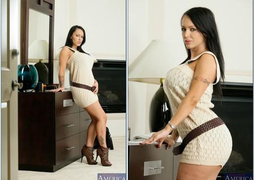 Jenna Presley - My Wife's Hot Friend - Hardcore Sexy Photo Gallery
