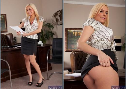 Mariah Madysinn - Naughty Office - Hardcore Nude Pics