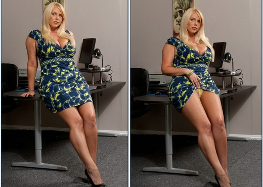Karen Fisher - Naughty Office - MILF HD Gallery