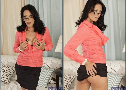 Zoey Holloway - My First Sex Teacher - MILF Porn Gallery
