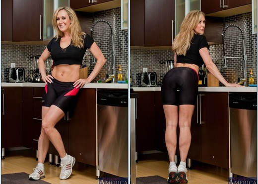 Brandi Love - Ass Masterpiece - MILF HD Gallery