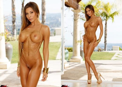 Madison Ivy - VIPArea - Toys Nude Pics