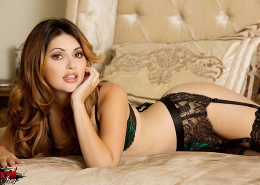 Natasha Malkova - VIPArea - Solo Sexy Photo Gallery