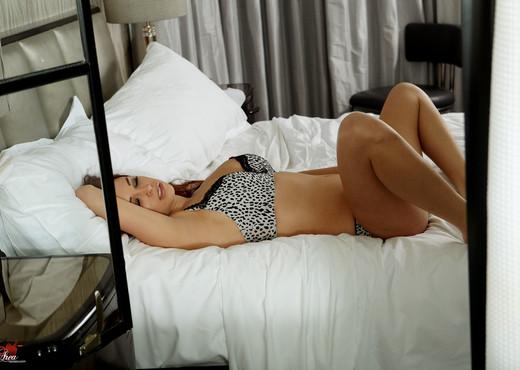Sabrina Maree - VIPArea - Solo TGP
