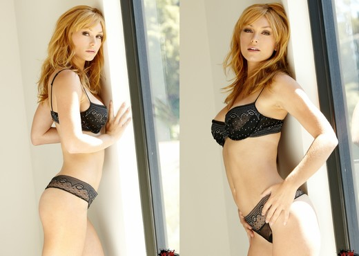 Heather Vandeven - VIPArea - Solo Image Gallery