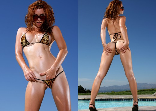 Heather Vandeven - Exotic Leopard G-string Bikini - Solo Sexy Gallery