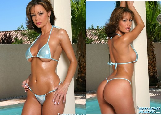Crissy Moran - Baby Blue - Solo Picture Gallery