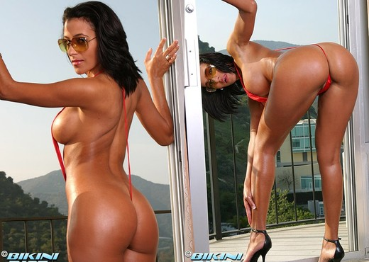 Rita G - Red Sling - Solo Picture Gallery