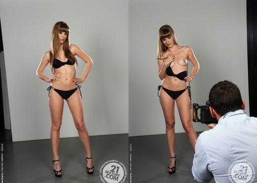 Charlise Bella - 21 Sextury - Hardcore TGP