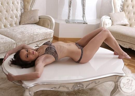 Pola Sunshine - 21 Sextury - Anal Porn Gallery