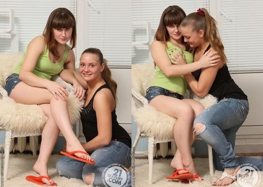 Olivia, Dushenka - 21 Sextury - Lesbian Sexy Gallery