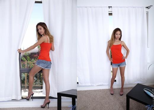 Mila Jade - Nubiles - Teen Solo - Teen Image Gallery