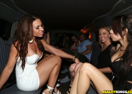 Dylan, Kelsi, Jenna, Jade, Veronica - In The Vip - Hardcore Picture Gallery