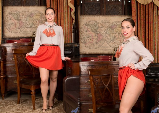 Olga Cabaeva - Frisky Lady - MILF HD Gallery
