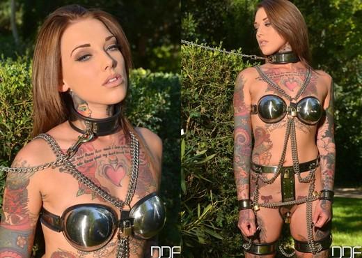 Lauren - House of Taboo - BDSM Nude Gallery