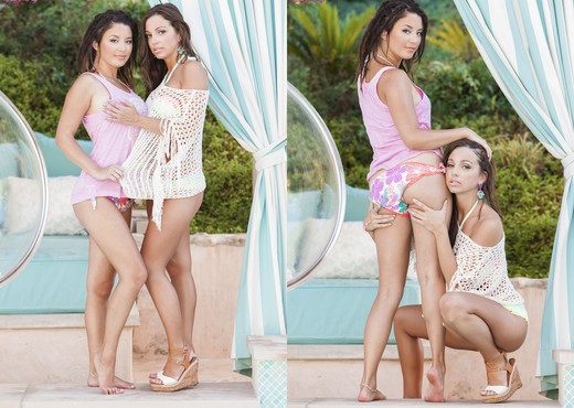 Abigail Mac And Daisy Haze Like To Lick On Each Other - Lesbian Porn Gallery