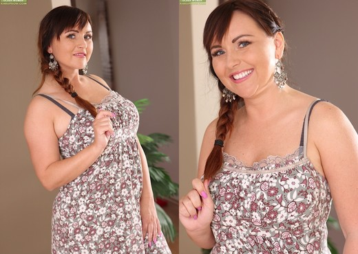 Sabina Black - Karup's Older Women - MILF Sexy Gallery