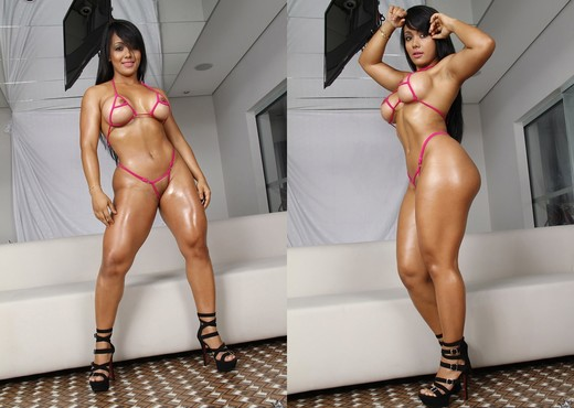 Akemy - Big Body Bang - Mike In Brazil - Hardcore Sexy Photo Gallery