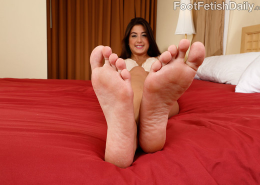 Natalie Monroe - Foot Fetish Daily - Hardcore Picture Gallery
