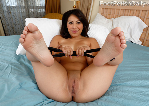 Nicole Ferrera Has Her Smooth Soles Licked and Pussy Fucked - Hardcore HD Gallery