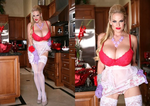 Kelly's Kitchen - Kelly Madison - MILF TGP