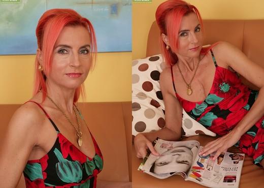 Klarisa Hot - Karup's Older Women - MILF Nude Pics