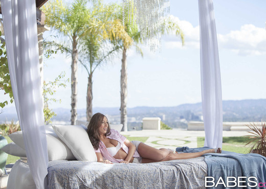 Sweet As Can Be - Angelica Saige, Xander Corvus - Hardcore Sexy Gallery