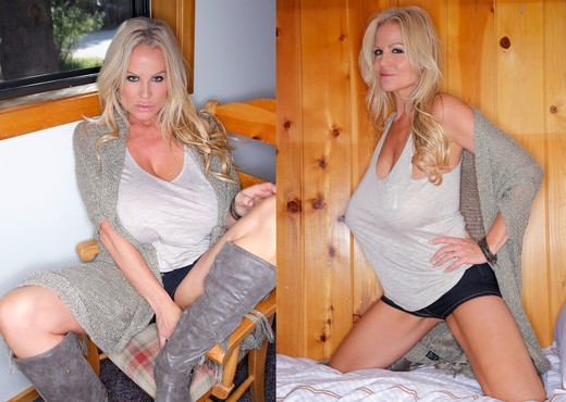 Woodland Whoopee - Kelly Madison - MILF HD Gallery