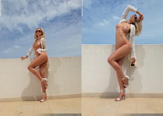 Alisa - Rooftop Blonde - PhotoDromm - Solo Nude Gallery