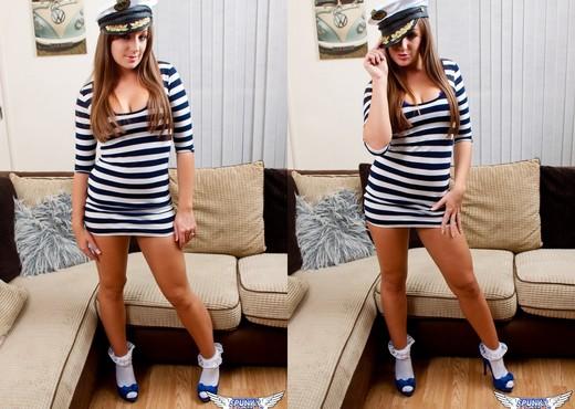 Cate Harrington - Captain Cate - SpunkyAngels - Solo HD Gallery