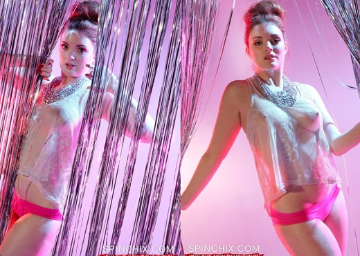 Patience Strips - Spinchix - Solo Picture Gallery