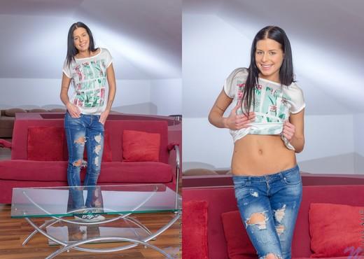 Daniella Rose - Nubiles - Teen TGP