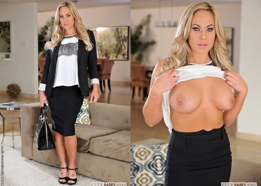 Olivia Austin - Bossy & Horny - Footsie Babes - Hardcore Hot Gallery