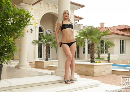 Anastasia Blonde - Anal Fever - Ass Hole Fever - Hardcore HD Gallery