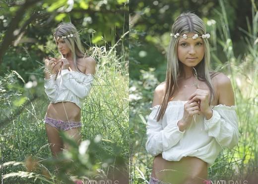 Doris Ivy - Free - 21Naturals - Hardcore Nude Gallery