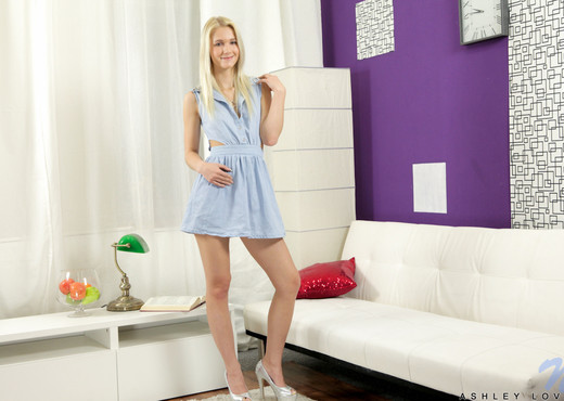 Ashley Love - Nubiles - Teen Nude Gallery