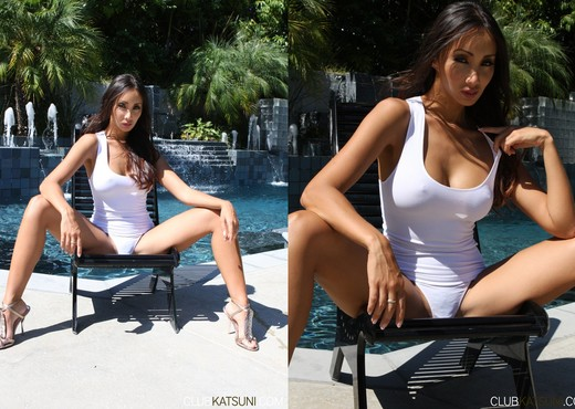 Oriental Babe Katsuni Plays With Herself By The Pool - Asian Image Gallery