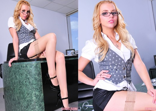 Lexi Belle - Pornstars Hot Gallery