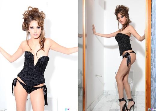 Jenna Haze's smoke break - Premium Pass - Solo Sexy Photo Gallery