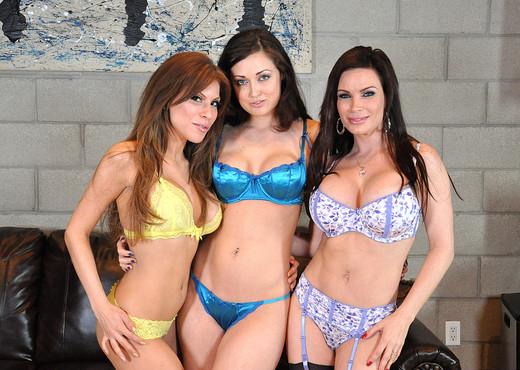 Diamond Foxxx, Aleska Nicole, and Melissa Jacobs - Lesbian Porn Gallery