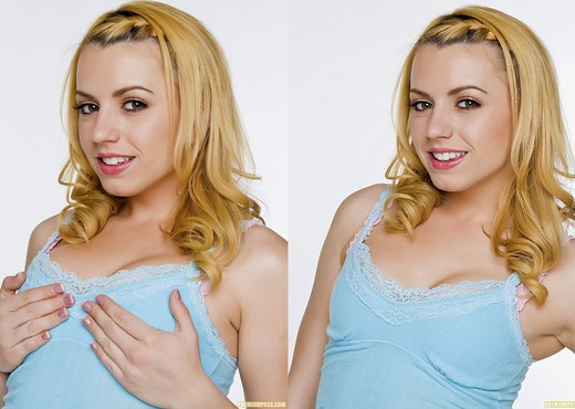 Lexi Belle - Premium Pass - Solo Sexy Photo Gallery