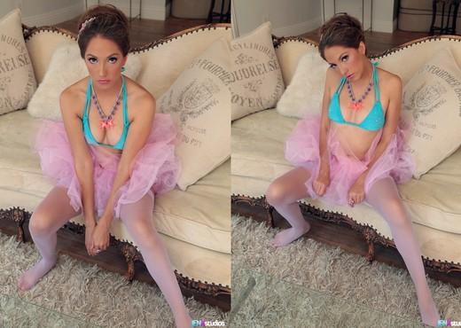 Jenna Haze the Bad Ballerina - Pornstars HD Gallery