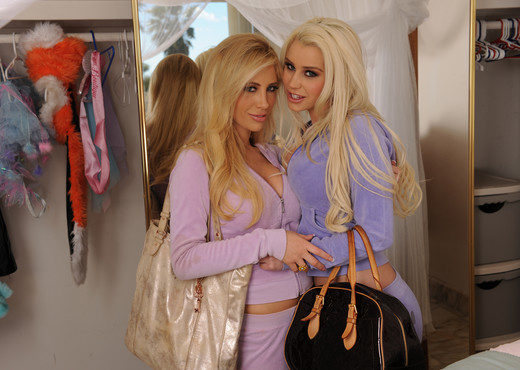 Spencer Scott and Tasha Reign - Old Cheering Uniforms - Lesbian HD Gallery