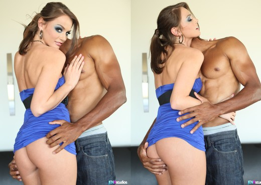 Tori Black Obviously Came to Fuck - Interracial Sexy Photo Gallery